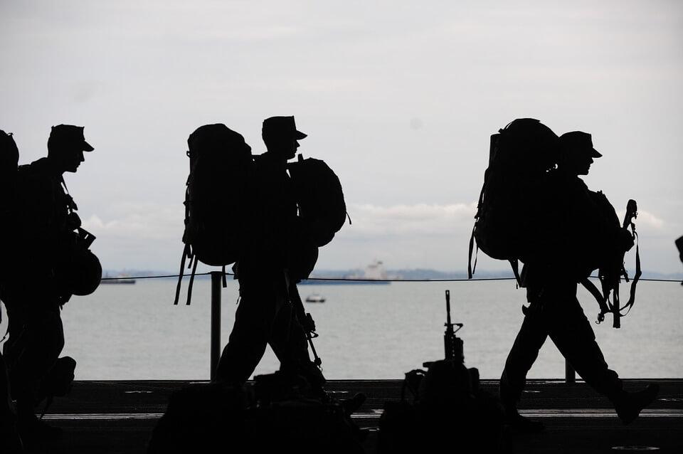 military-men